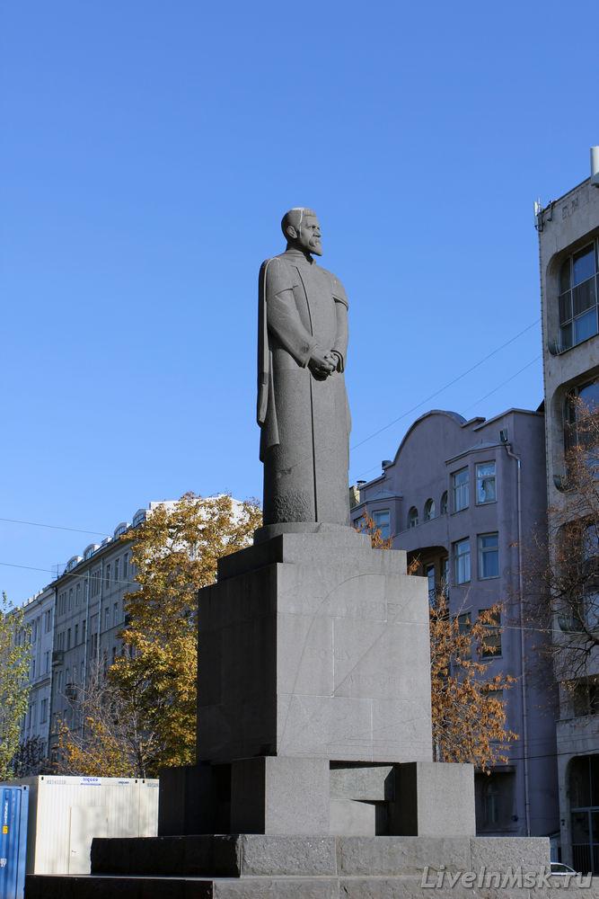 Памятник К.А. Тимирязеву, фото 2015 года