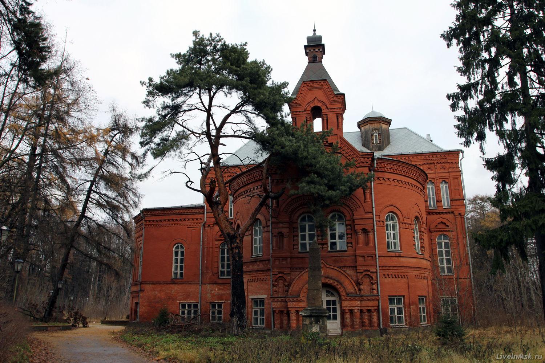 Покровское-Стрешнево, фото 2012 года