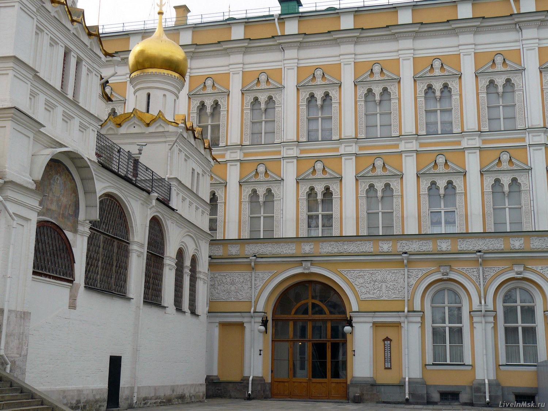 Благовещенский собор Московского Кремля, фото 2015 года