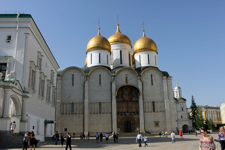Успенский собор Московского Кремля, фото 2015 года