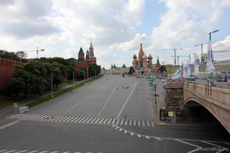 Васильевский спуск, фото 2015 года