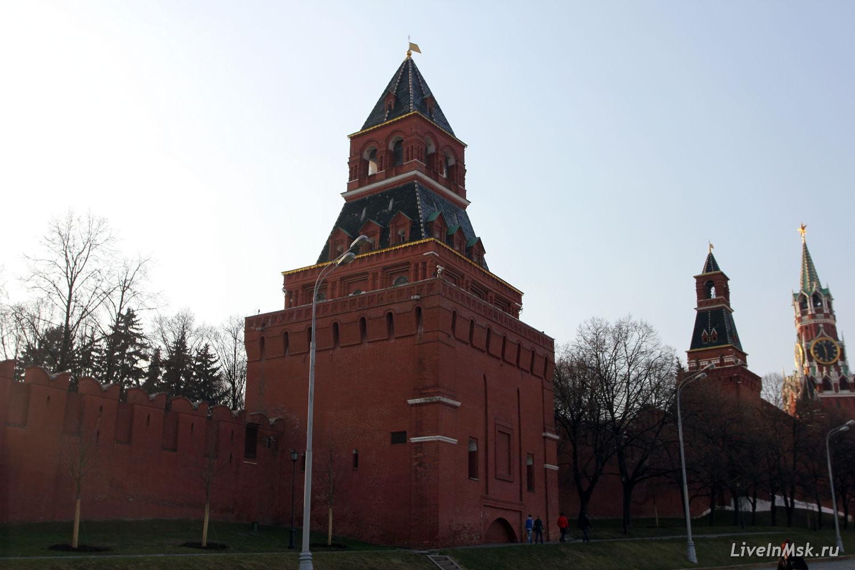 Константино-Еленинская  башня, фото 2015 года