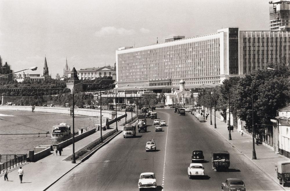 Гостиница «Россия» на старых фото